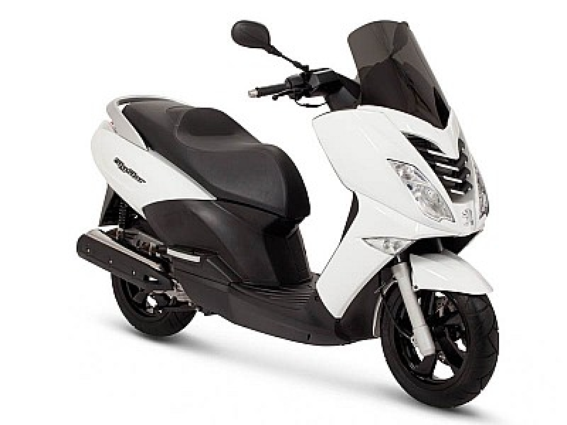 Peugeot Citystar 125cc or Similar