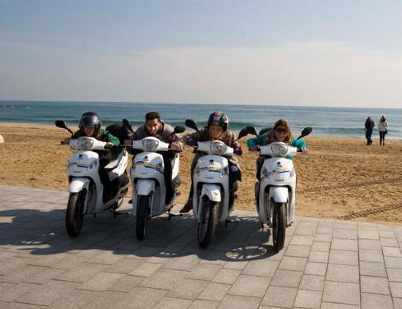 Barcelona Scooter City Tour