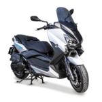 Alquilar moto Yamaha Xmax