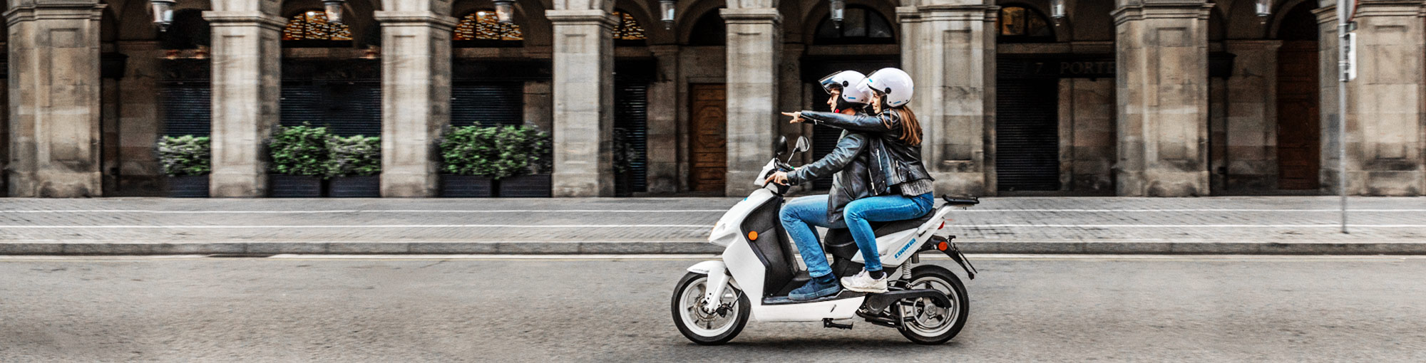 cooltra aluguer motas scooter
