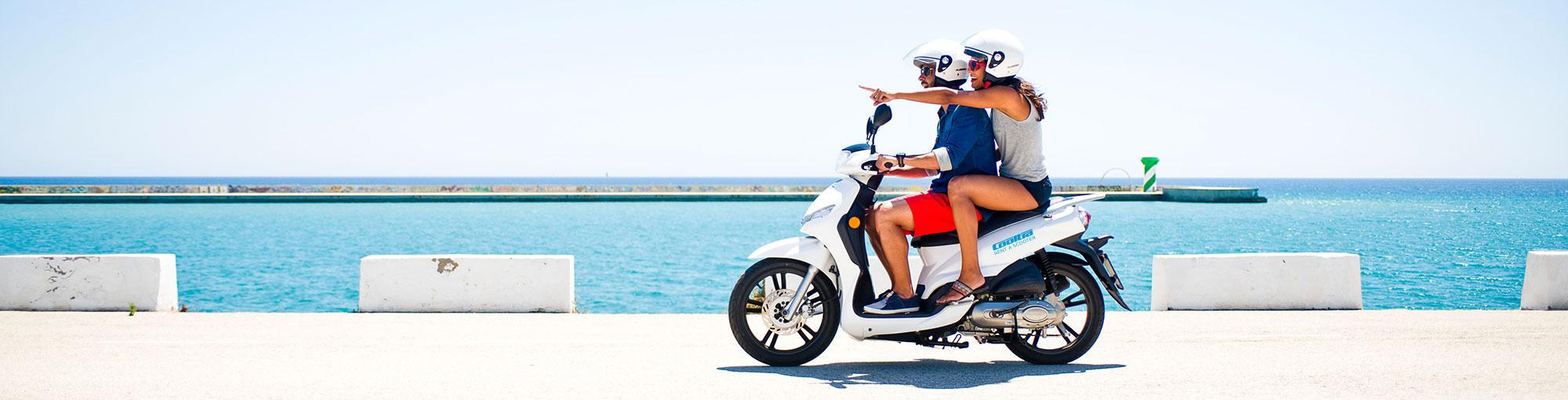 Alquila una moto o scooter eléctrica o de gasolina
