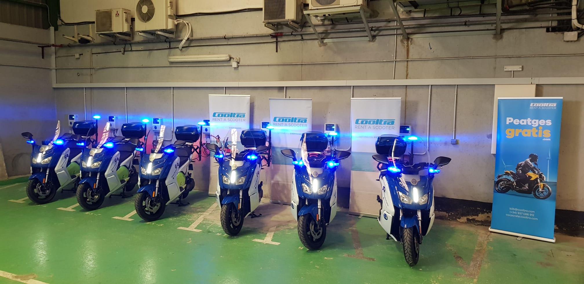 Se ven las motos que Cooltra ha entregado al Port de Barcelona