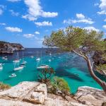 Los 5 lugares que visitar en Menorca usando tu Cooltra