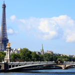 Top 5 places to visit in Paris using Cooltra